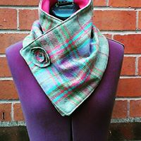 Pink check tweed neck warmer