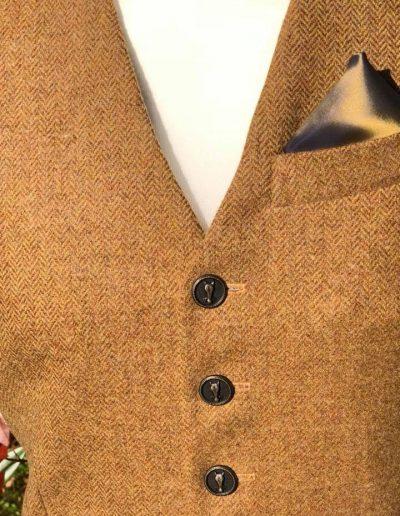 Waistcoat buttons