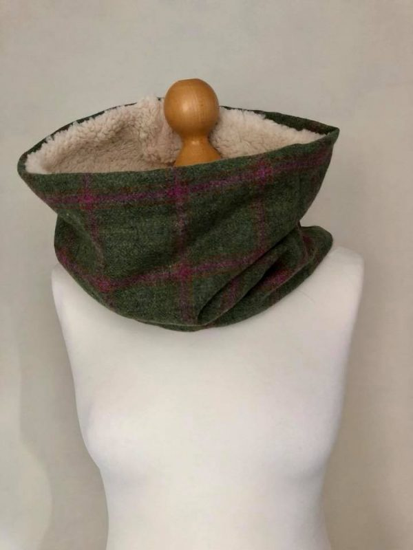 Green tweed cowl scarf with pink check